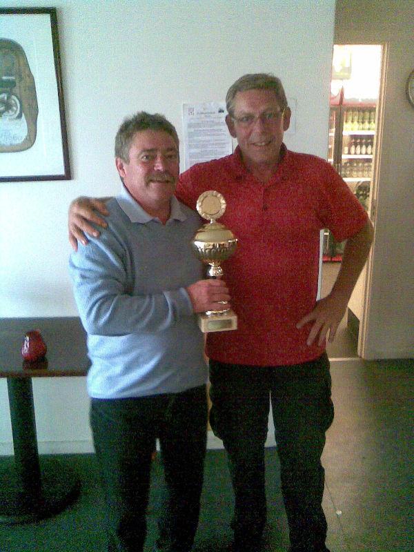 Mesteren 2009 Claus Adamsen sammen med mesteren 2008 Tommy P.
